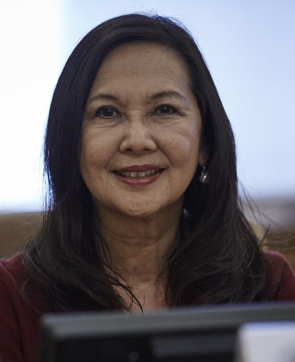 Commissioner Donna Fujii